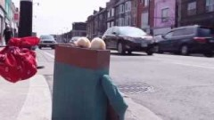 Kleenox Kampaign : Hitchhiking